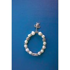 Браслет із натуральних перлів з підвіскою